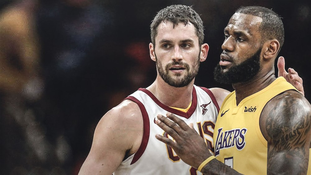 LeBron-James-congratulates-Kevin-Love-on-_securing-the-bag_2.jpg