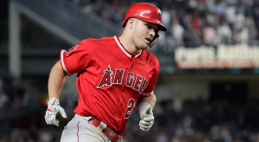 Mike-Trout-1-1040x572.jpg