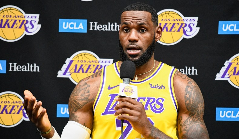 lebron-james-la-lakers.jpg